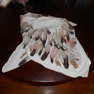H&M Square Feather Print Scarf